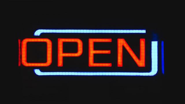 znamení otevřeno