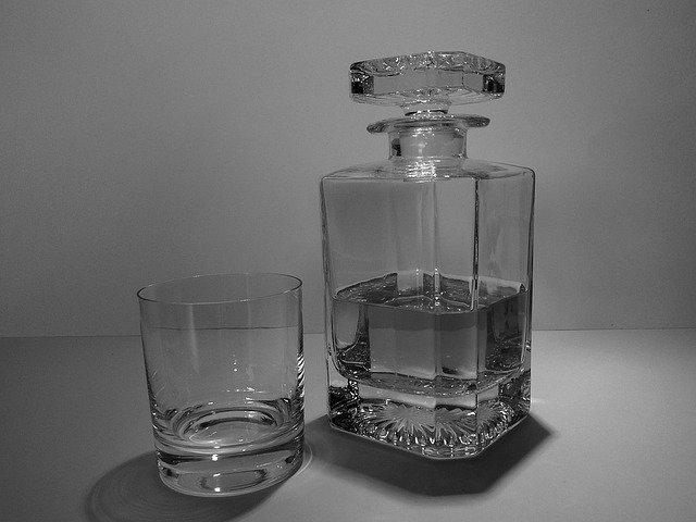 skleničky s Whiskey